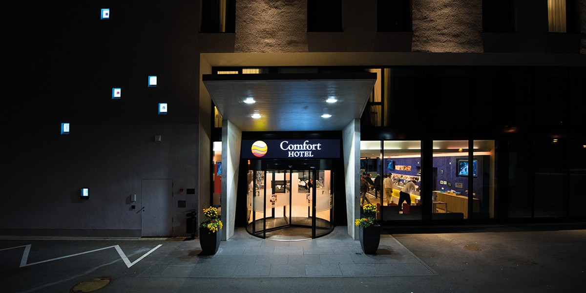 Comfort Hotel Frankfurt Airport West Booking